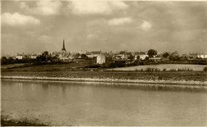 Ambon, vue de la rivière de Pénerf