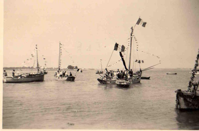 St Pierre bateaux pavoisés